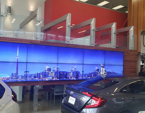 digital signage automotive